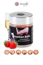 6 Brazilian Balls - fraise & champagne : La chaleur du corps transforme la brazilian ball en liquide glissant au parfum fraise & champagne, votre imagination s'en trouve exacerbée.